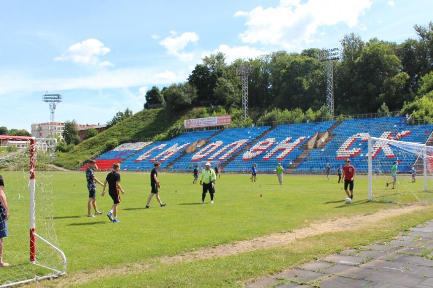 На «Спартаке» прошел мини-футбольный турнир среди трудовых отрядов